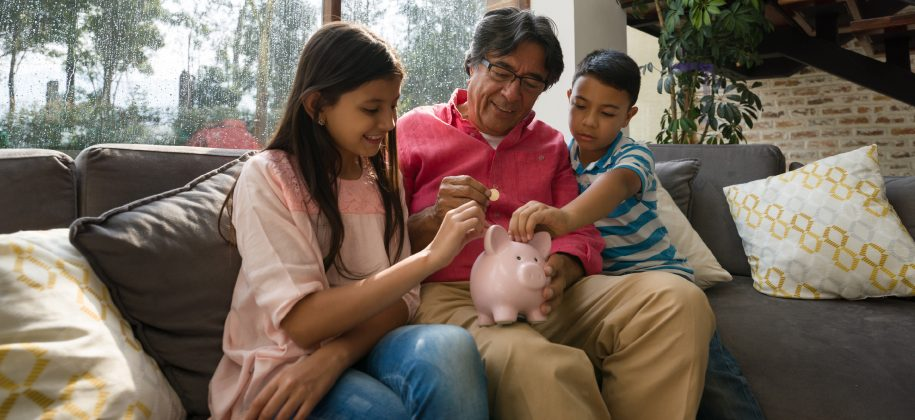 A Parent's Useful Guide to Teaching Kids About Debt